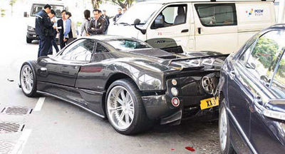 Pagani-Zonda-F-Crash-0.jpg