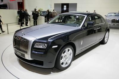 2010-Rolls-Royce-Ghost-01.jpg
