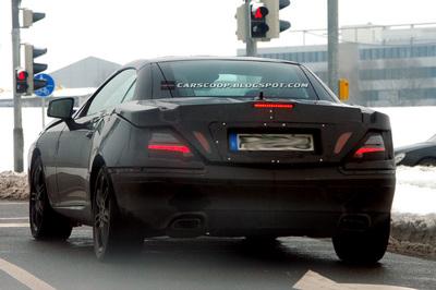 2012-Mercedes-SLKrear.jpg