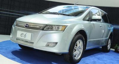BYD-Auto-e6-Crossover-01.jpg