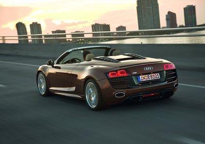 big_Audi_R8_Spyder_5.2_V10_FSI_30.jpg