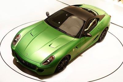 01-ferrari-599-hybrid-leakage.jpg