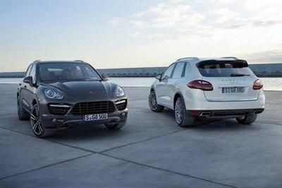 2011-Porsche-Cayenne-24.jpg