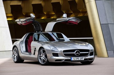 mb-sls-amg-gullwing-large_16.jpg