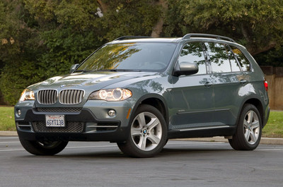 01_bmwx535dreview_opt.jpg