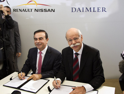 ceos-of-renault-nissan-and-daimler_100309899_l.jpg
