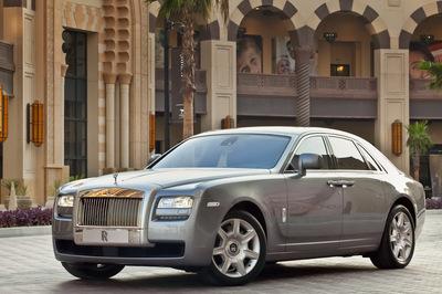 Rolls-Royce-Ghost-4.jpg