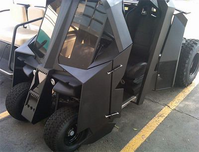 batman_tumbler_golf_cart_1.jpg