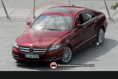 2011-Mercedes-Benz-CLS-1.jpg