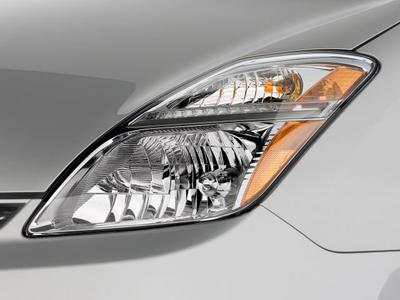 prius_headlight.jpg