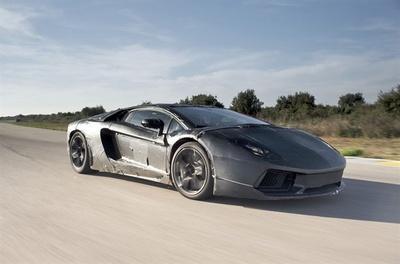 Lamborghini-Aventador-LP-700-4-specs.jpg