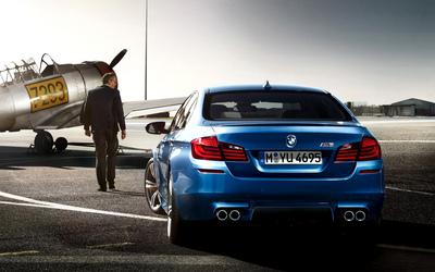 M5_F10_rear.jpg