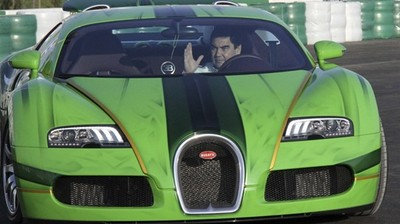 turkmen-president-drives-bugatti-wins-nations-first-car-race-.jpg